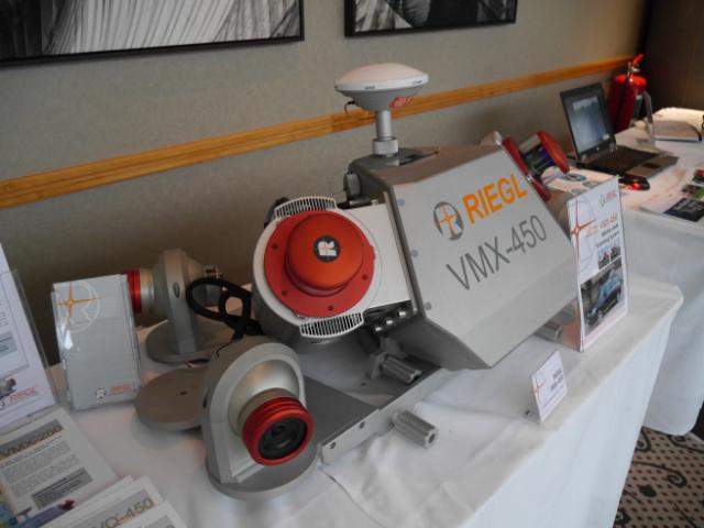 RIEGL VMX-450 mahdollistaa insinööritarkkuisen mittausaineiston suunnittelun pohjaksi.